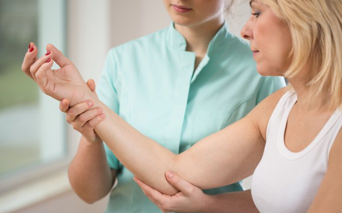 dureri articulare la nivelul mâinii decât durere