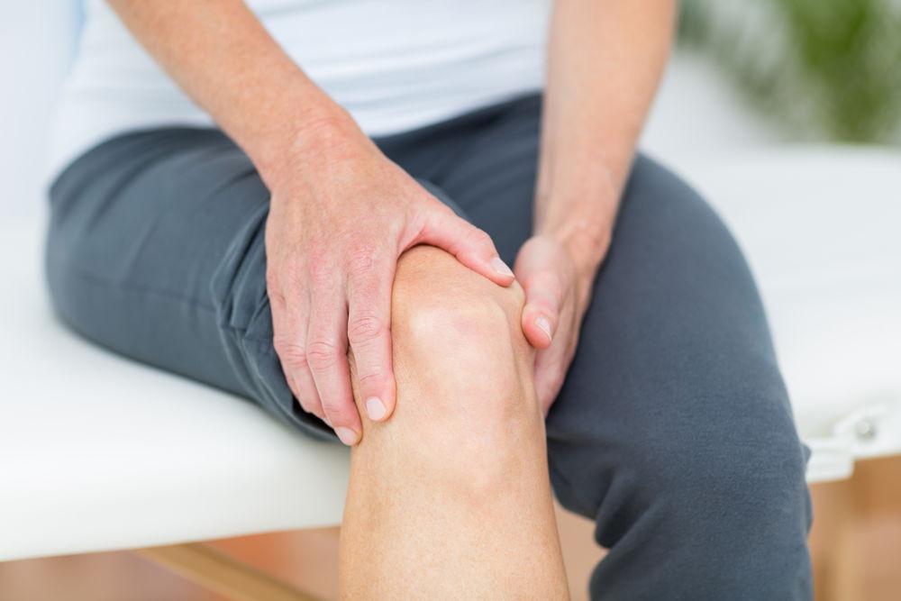 umflarea pe genunchi durere de șold așezată