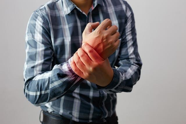 durere în articulațiile mâinilor după exercițiu