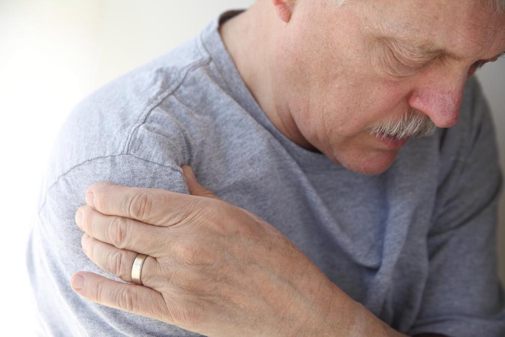 cum să faci față durerilor de umăr articulația umflată a tratamentului degetelor mari
