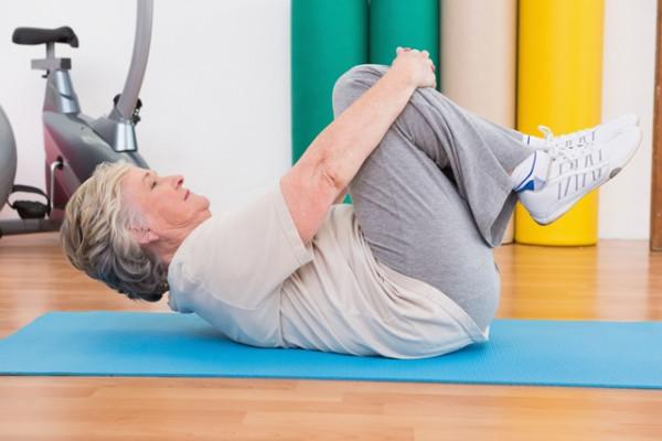Exercițiu cu artroza articulației genunchiului
