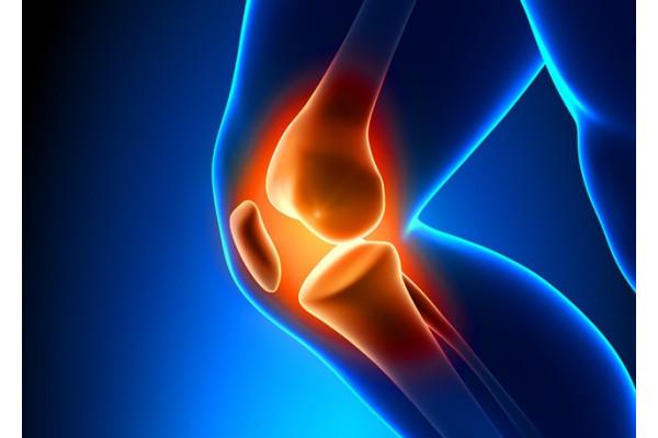 criză severă la genunchi, fără durere