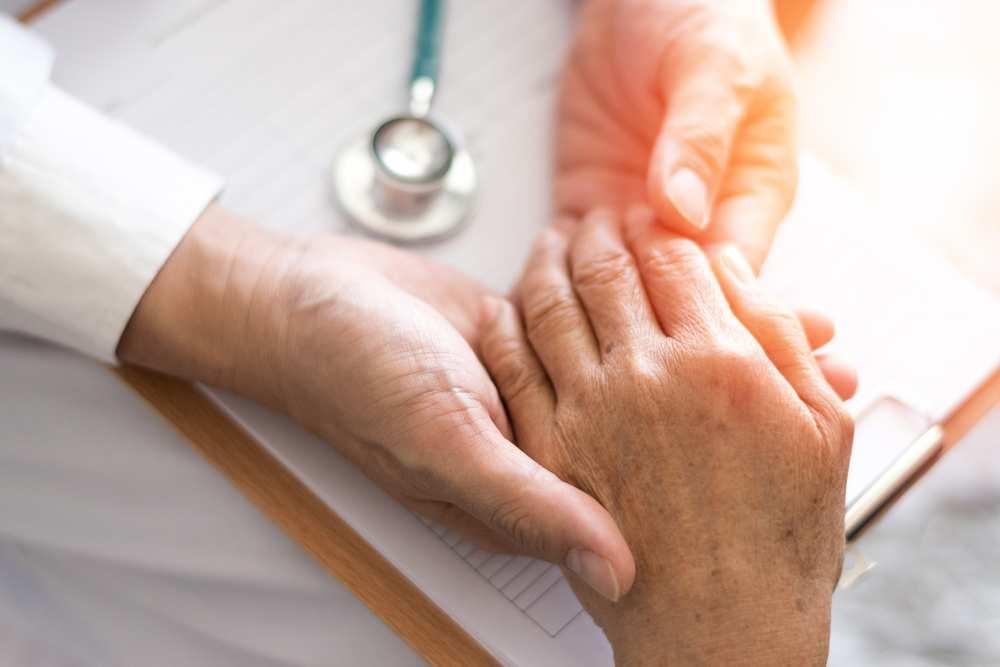 înroșirea durerii articulare a pielii