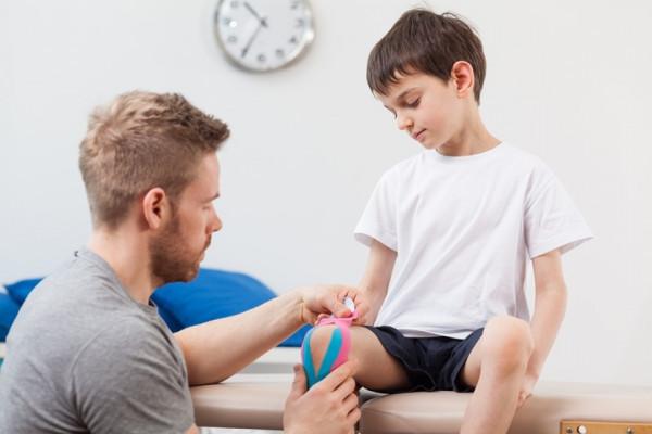 dureri articulare și la articulații la adolescenți