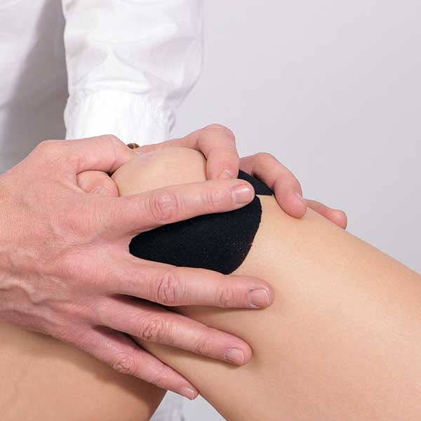 leziuni ale gleznei și femurului lovitura de tratament sub genunchi
